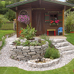 Kr uterschnecke hochbeet gartenbau st ckl for Gartengestaltung rustikal